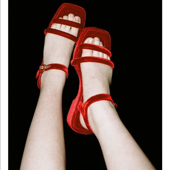 48b927d9bccb Suzanne Rae Platform Sandal in Red Velvet. M 5bf324f87386bc3e477c845a